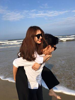 Facebook sao: Nhã Phương lần đầu nói yêu Trường Giang, Hà Tăng gầy gò - Ảnh 1