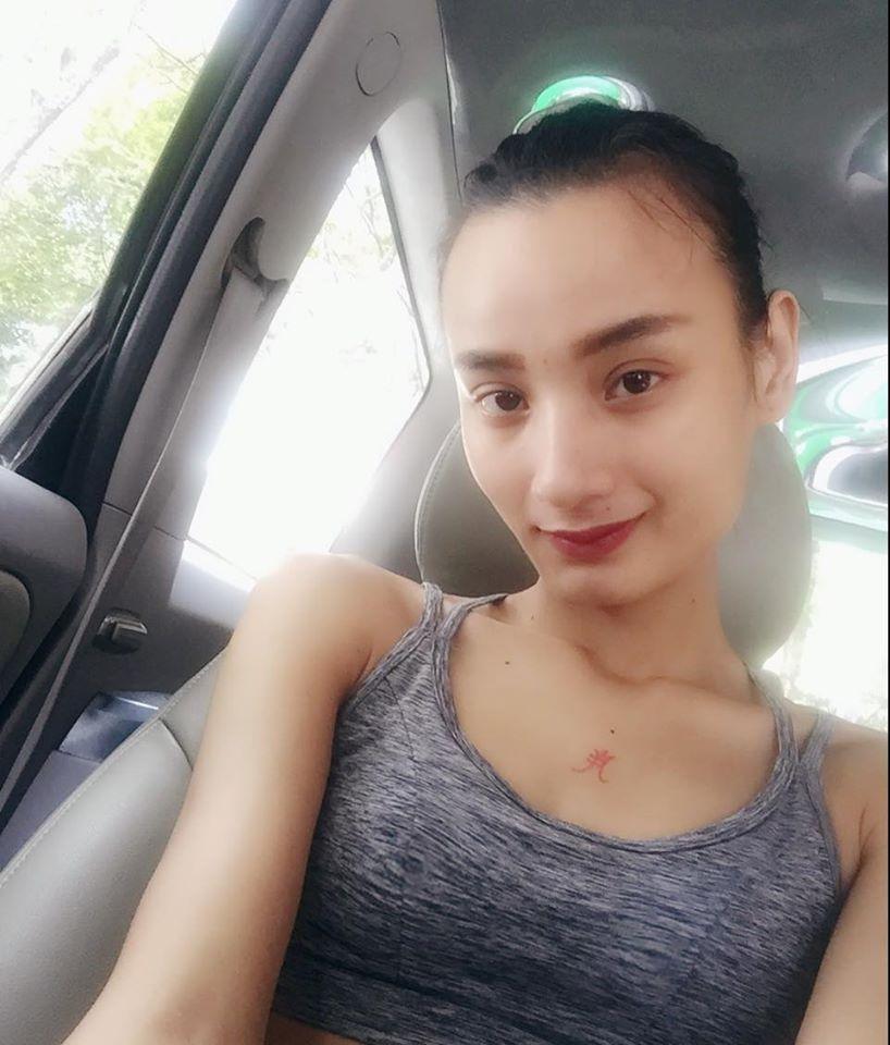 """Facebook sao: Hoàng Thùy Linh khoe dáng nuột nà, Hà Tăng lộ thân hình """"cò hương"""" - Ảnh 11"""