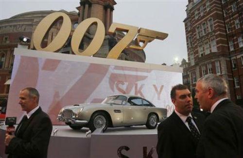 """Những thương vụ quảng cáo """"triệu đô"""" trong phim """"Điệp viên 007"""" - Ảnh 2"""