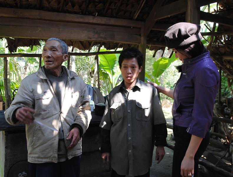 210 triệu đồng giúp người dân nghèo Hà Tĩnh đón tết - Ảnh 2