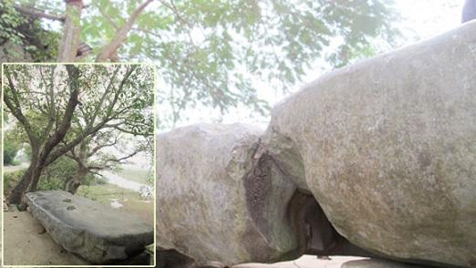 Chuyện cả làng gặp nạn mỗi lần dịch chuyển phiến đá cổ - Ảnh 1