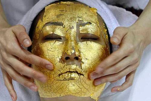 Dát vàng, ăn vàng: Đại gia Việt cầu an thân, sống thọ - Ảnh 4