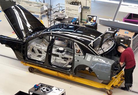 Khám phá nhà máy sản xuất của Rolls-Royce - Ảnh 7