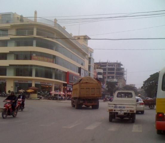 """Thành phố Thanh Hóa """"bất lực"""" trước thực trạng xe chở quá tải. - Ảnh 5"""