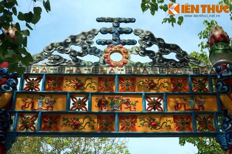 Khám phá thánh địa lạ lùng nhất Việt Nam - Ảnh 13