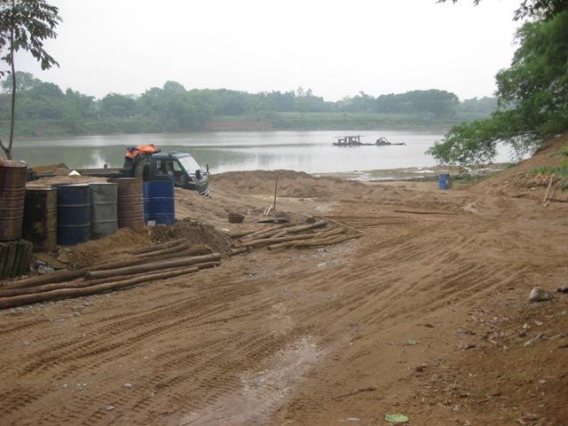 Thanh Hóa: Cần chấm dứt việc tiếp tay cho các bãi cát trái phép - Ảnh 3