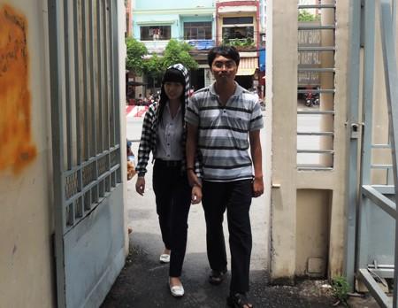 Chàng sinh viên 9X tình nguyện dạy học cho trẻ khiếm thị - Ảnh 1