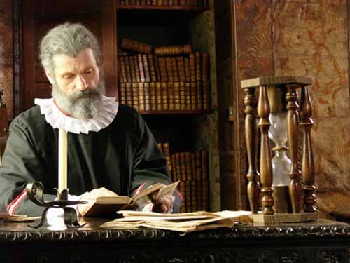 Nostradamus tiên đoán được cái chết của chính mình - Ảnh 2