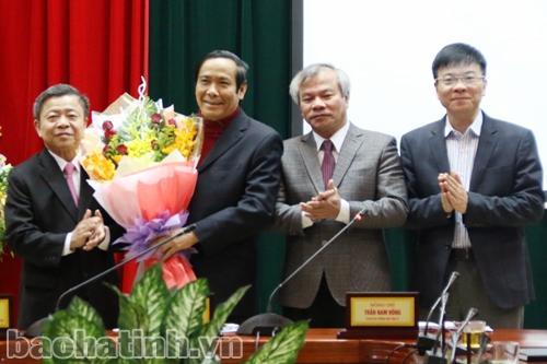 Ông Võ Kim Cự được bầu giữ chức Bí thư Tỉnh ủy Hà Tĩnh - Ảnh 1