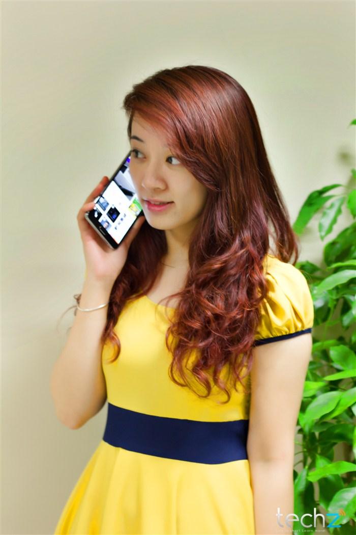 Galaxy Note 3 đọ vẻ đẹp cùng thiếu nữ - Ảnh 5