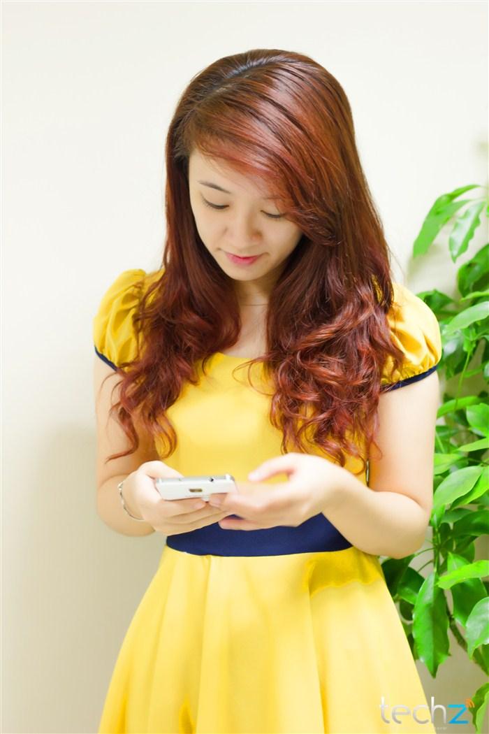 Galaxy Note 3 đọ vẻ đẹp cùng thiếu nữ - Ảnh 6