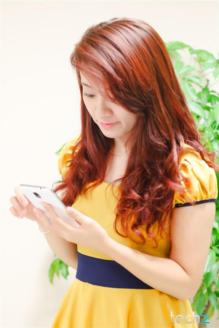 Galaxy Note 3 đọ vẻ đẹp cùng thiếu nữ - Ảnh 7