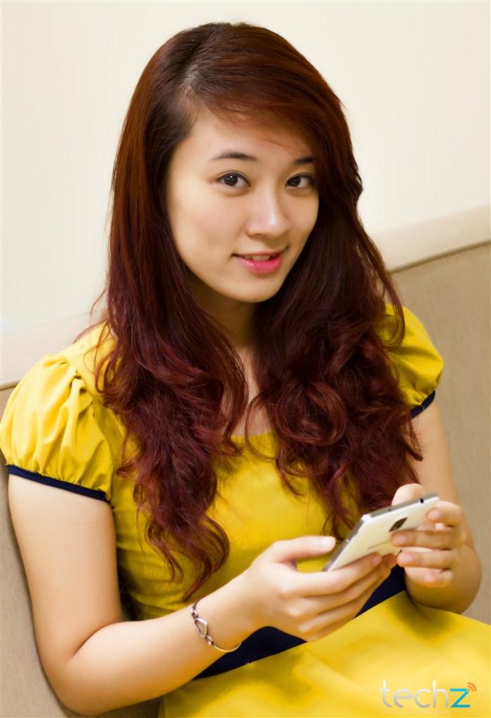 Galaxy Note 3 đọ vẻ đẹp cùng thiếu nữ - Ảnh 11