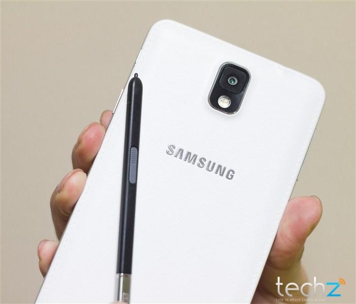 Galaxy Note 3 đọ vẻ đẹp cùng thiếu nữ - Ảnh 14