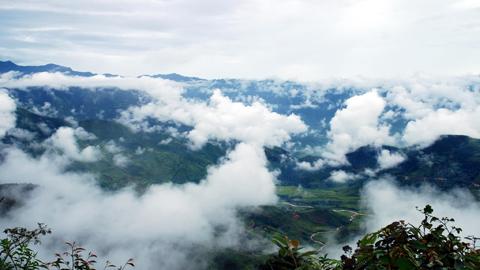"""Đỉnh Phu Xai Lai Leng - con """"mắt thần"""" của vùng viễn sơn miền Tây  xứ Nghệ - Ảnh 1"""