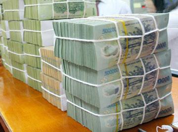 Mánh chiếm đoạt gần 4.000 tỷ đồng của đại gia chứng khoán - Ảnh 1
