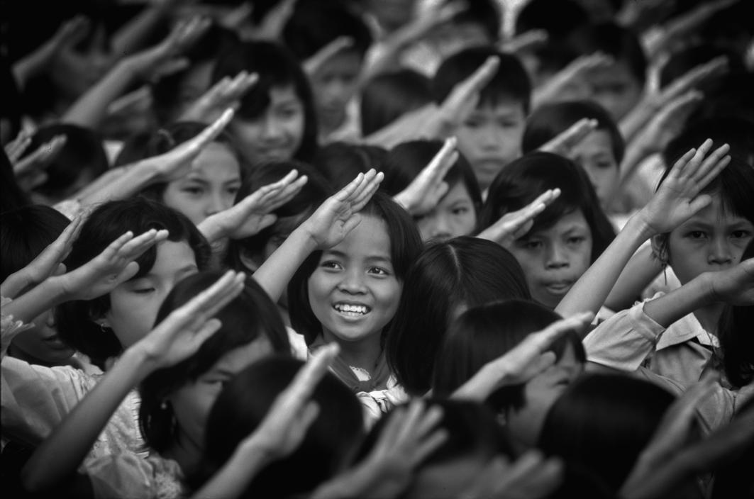 Việt Nam 1985 - 10 năm sau khi chiến tranh kết thúc - Ảnh 1