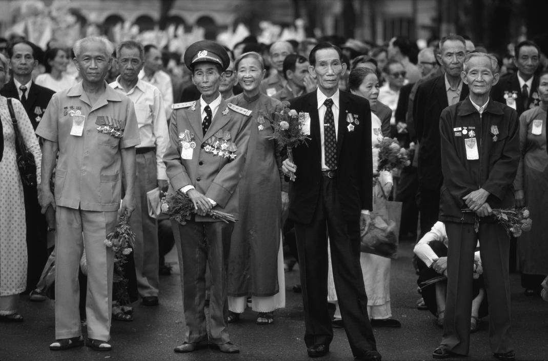 Việt Nam 1985 - 10 năm sau khi chiến tranh kết thúc - Ảnh 8