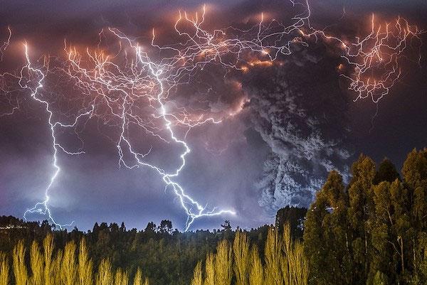 """Cảnh tượng ngoạn mục """"ngoài hành tinh"""" khi núi lửa phun trào - Ảnh 6"""