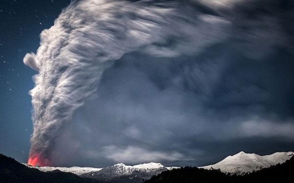 """Cảnh tượng ngoạn mục """"ngoài hành tinh"""" khi núi lửa phun trào - Ảnh 9"""