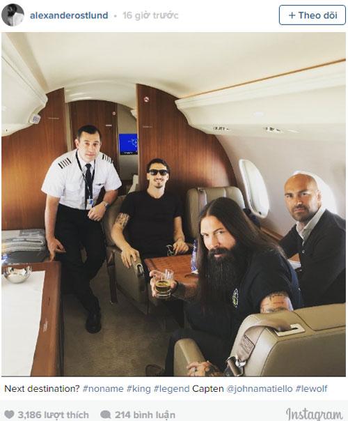 Mourinho dọn đồ, Ibrahimovic lên máy bay tới Manchester - Ảnh 2