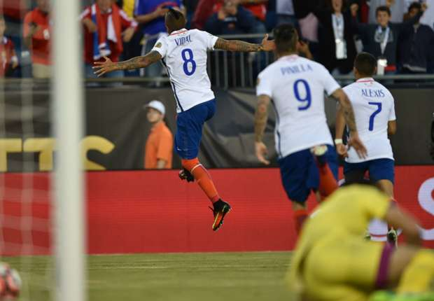 Chile 2-1 Bolivia: Vidal lập siêu phẩm sút phạt, Chile lên vị trí thứ 2 - Ảnh 1