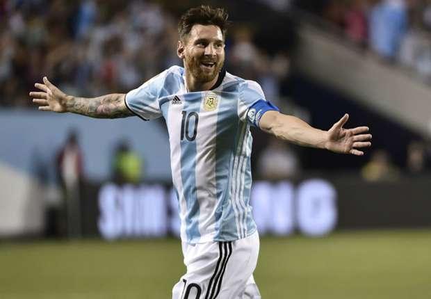 Argentina 5-0 Panama: Messi lập hattrick, Argentina vào tứ kết - Ảnh 1