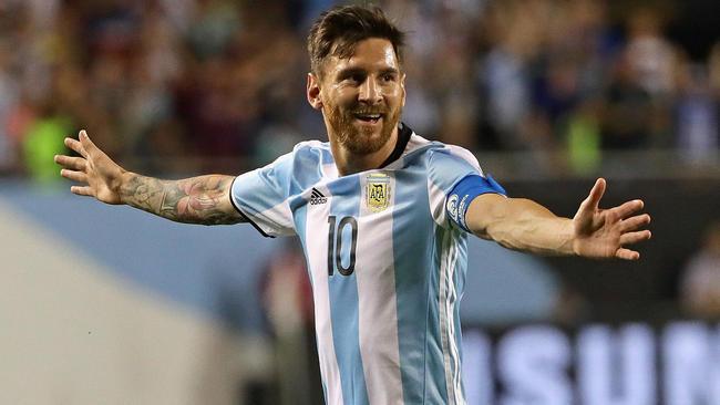 Clip cực độc chúc mừng sinh nhật Lionel Messi - Ảnh 1