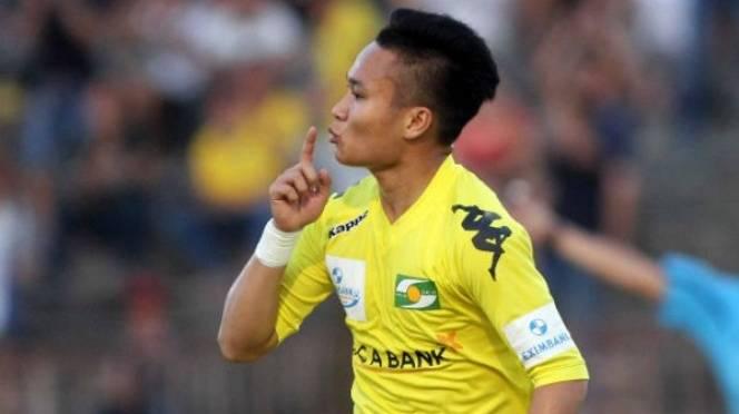 Siêu phẩm nã đại bác của Ronaldo Việt Nam dẫn đầu Top 5 bàn đẹp nhất V13 VLeague - Ảnh 1