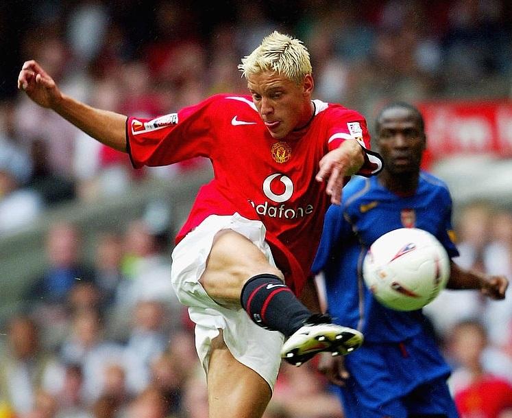 Cựu tiền đạo MU có bàn đẹp nhất lịch sử Siêu Cúp Anh - Ảnh 1