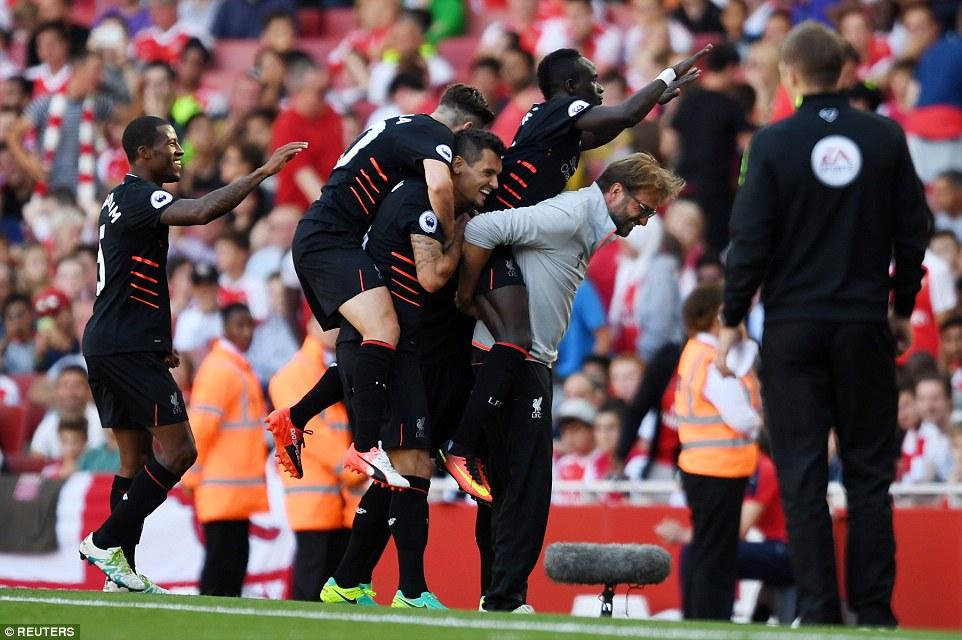 Arsenal 3-4 Liverpool: Đại tiệc bàn thắng - Ảnh 1