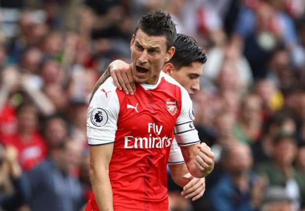 Arsenal 2-1 Southampton: Chiến thắng toát mồ hôi - Ảnh 1