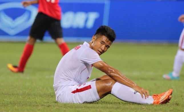 Pha bỏ lỡ khó tin của tiền đạo U19 Việt Nam - Ảnh 1