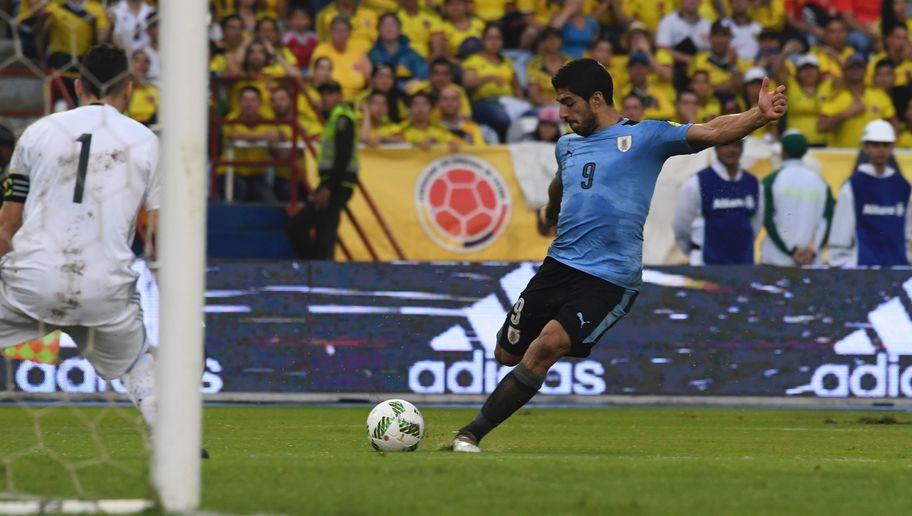 Suarez ghi bàn thắng ở góc hẹp khó tin, san bằng kỷ lục của Crespo - Ảnh 1