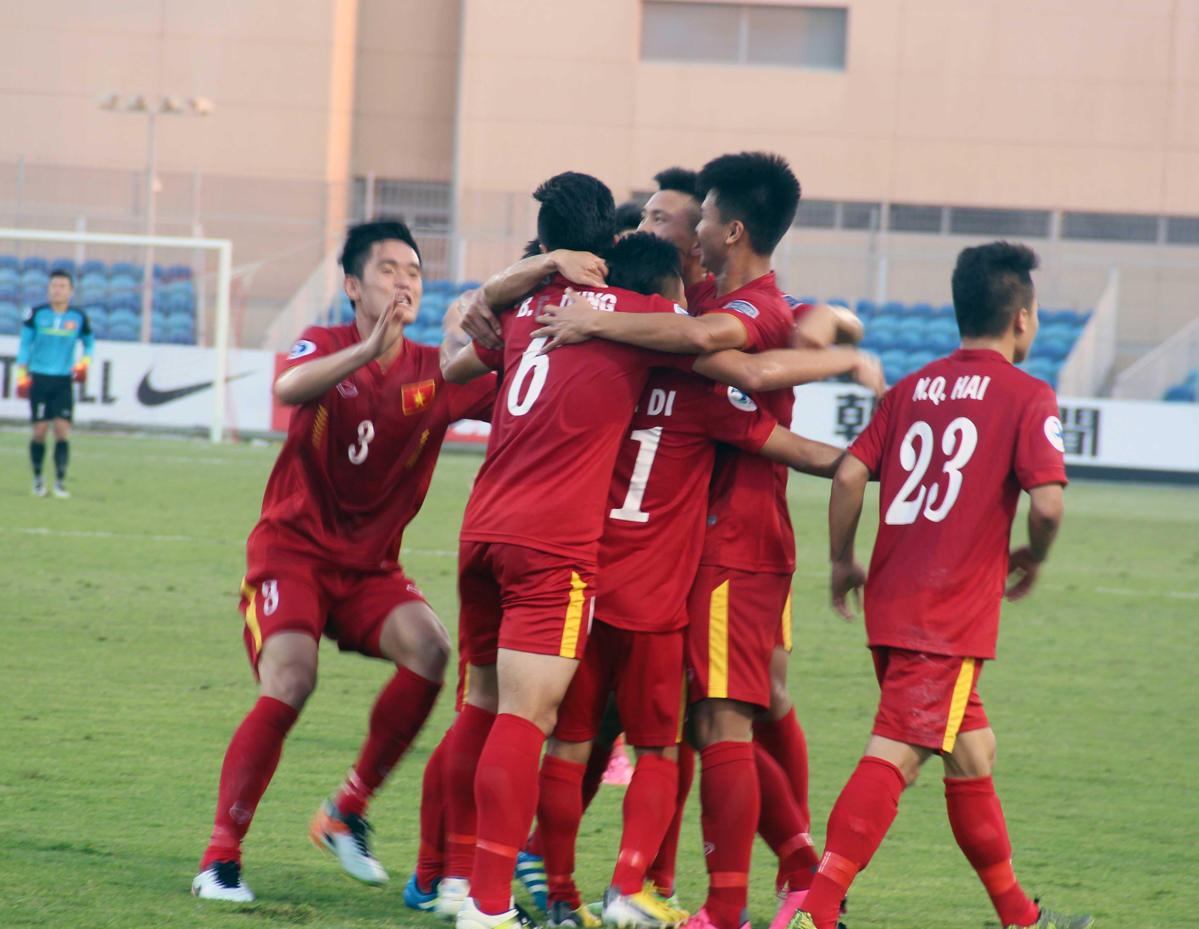 U19 Việt Nam vs U19 Iraq 23h00 ngày 20/10: Rất gần và rất xa - Ảnh 1