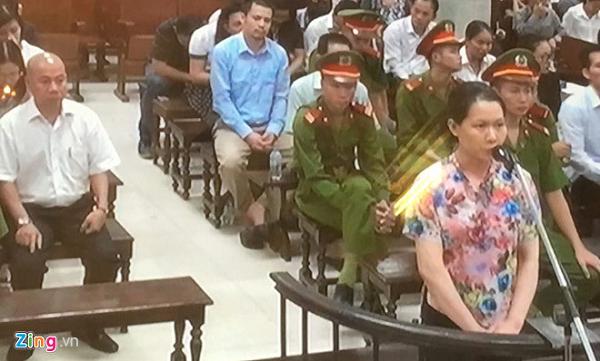 """Nguyên Tổng GĐ OceanBank khai chi 19 tỉ đồng cho """"sếp"""" Lọc hóa dầu Bình Sơn"""