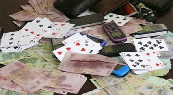 Bí thư, chủ tịch xã bị khởi tố vì đánh bạc tại trụ sở