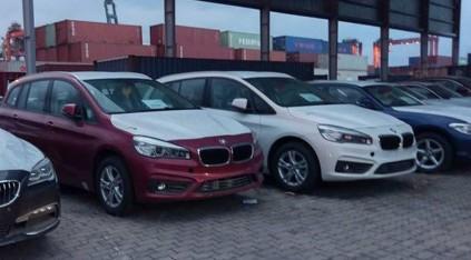 """Cận cảnh 700 xe sang của """"gã khổng lồ"""" BMW đang phủ bụi tại cảng - Ảnh 3"""