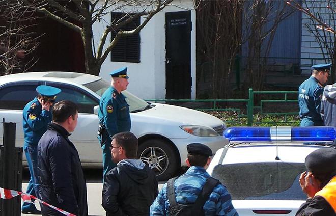 """Bí ẩn kẻ giấu mặt """"khủng bố điện thoại"""" hoang tin đánh bom ở Nga - Ảnh 2"""