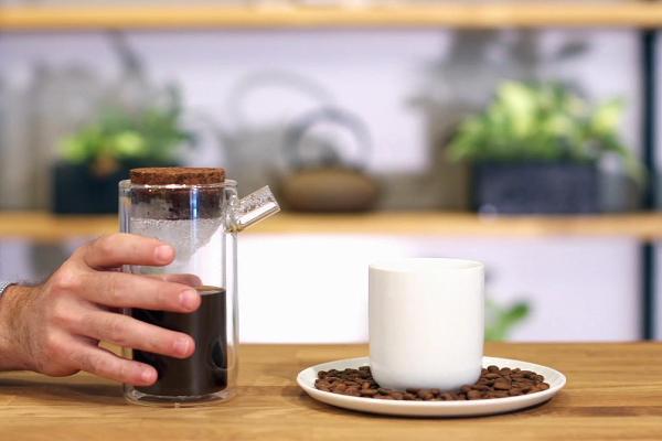 Dân sành uống cà phê đắt nhất nước Mỹ, giá tới 15 triệu đồng/kg - Ảnh 1