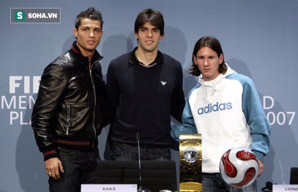 """Kẻ duy nhất khiến Messi-Ronaldo cúi đầu và cú đòn """"hủy diệt"""" 4 chiến binh Man United - Ảnh 1"""