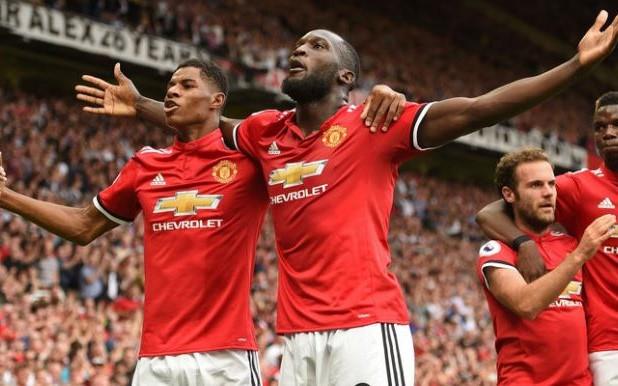 MU kỳ vọng thắng đậm trước Huddersfield - Ảnh 1