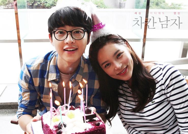 Đây là dàn khách mời siêu sao xứ Hàn dự đám cưới thế kỷ của Song Joong Ki và Song Hye Kyo? - Ảnh 28