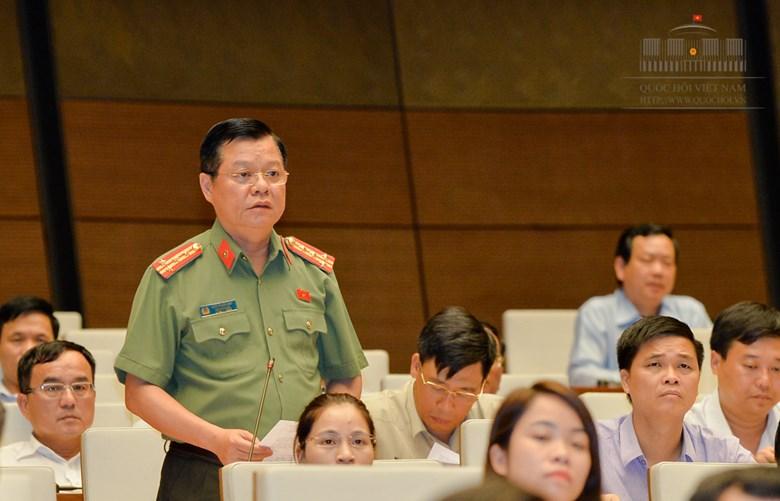 """Phó Giám đốc Công an Hà Nội: """"Ông Lê Đình Kình gãy chân do quá trình giằng co"""" - Ảnh 1"""