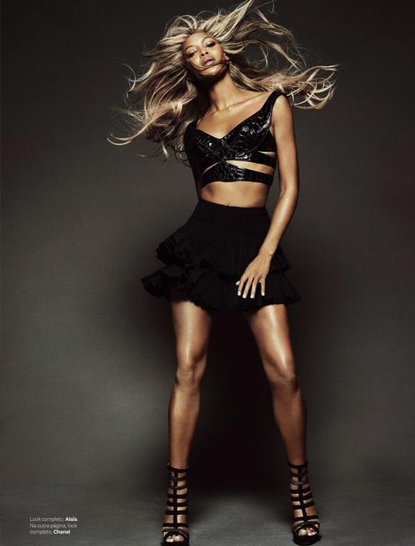 Siêu mẫu Naomi Campbell và bí quyết giữ dáng như gái dậy thì - Ảnh 4