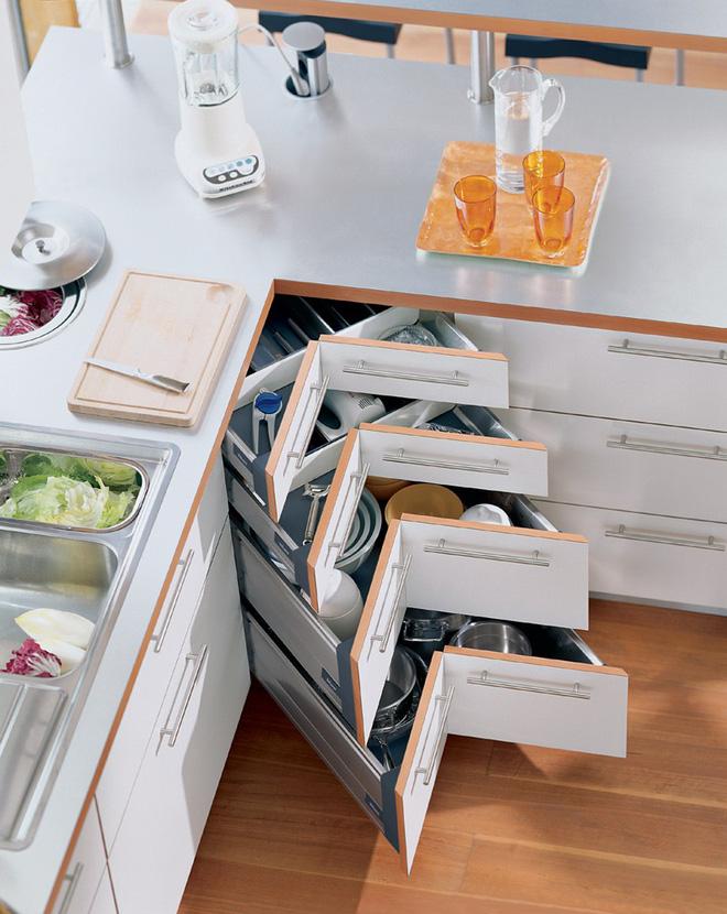 Nhà bếp tiện lợi hơn nhờ những ngăn tủ thông minh này - Ảnh 1