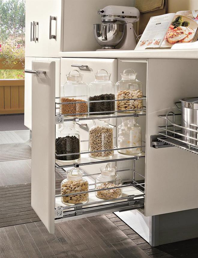 Nhà bếp tiện lợi hơn nhờ những ngăn tủ thông minh này - Ảnh 5
