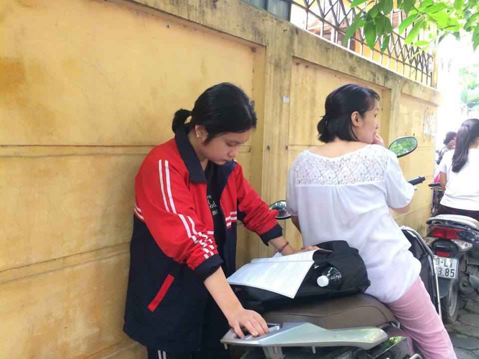 Hà Nội: 95 nghìn thí sinh bắt đầu thi vào lớp 10 - Ảnh 8