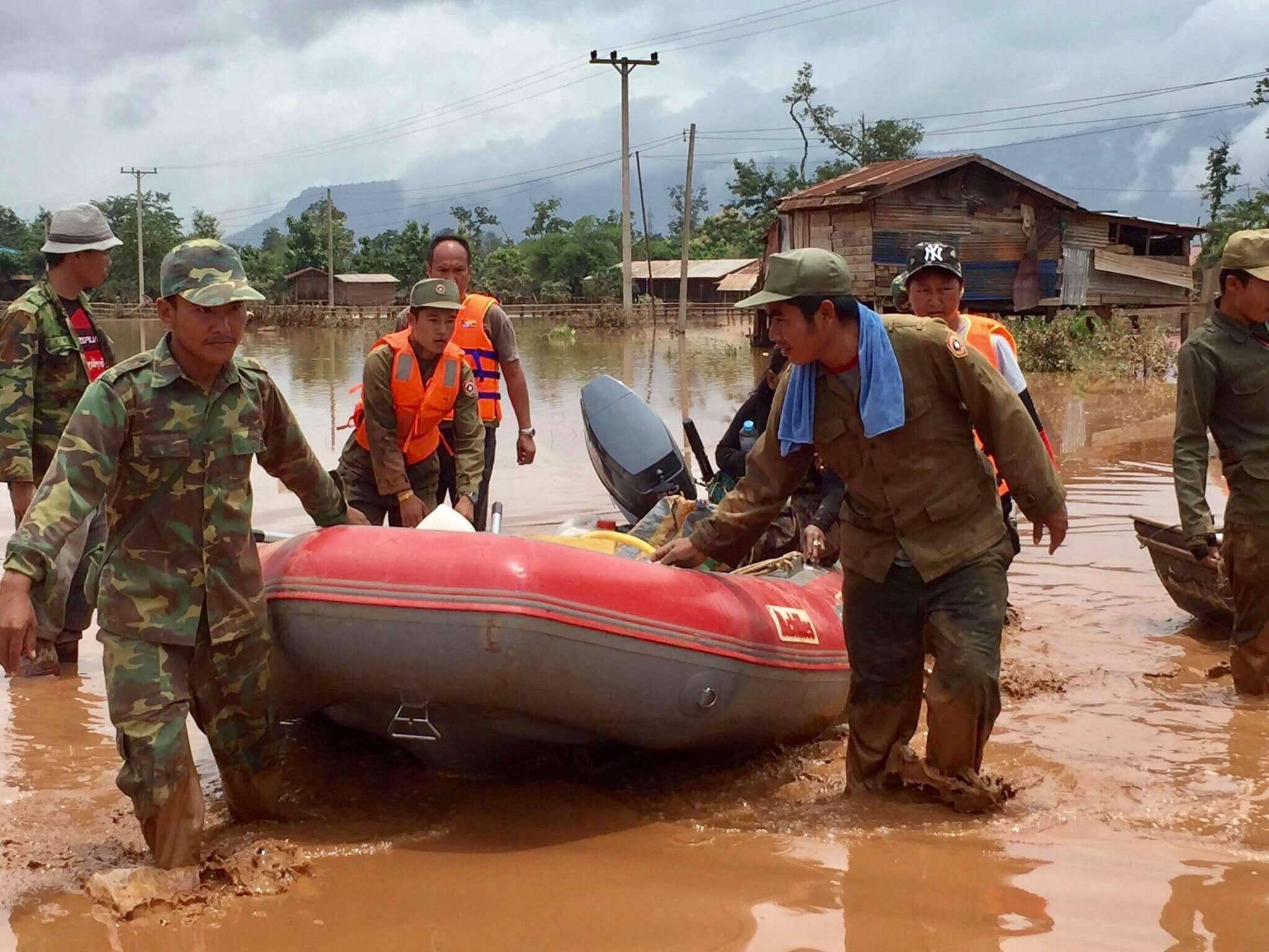 Vỡ đập thủy điện Lào: Cận cảnh công tác cứu hộ tại nơi cơn lũ vừa càn quét - Ảnh 1