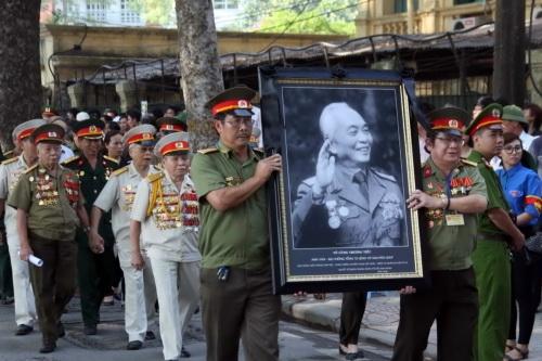 """Truyền hình Pháp """"vội vã"""" sang Việt Nam làm phim về Đại tướng Võ Nguyên Giáp - Ảnh 2"""